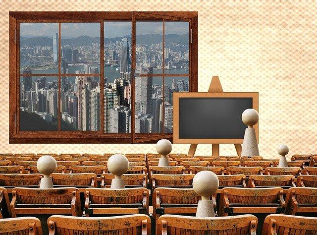 přednáška ve škoe