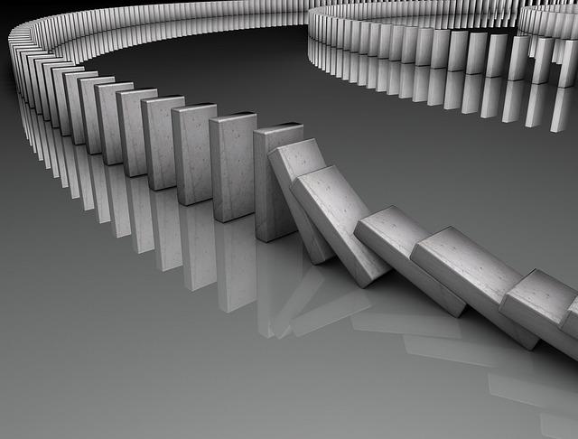 padající domino